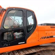 Excavadora Doosan DX255LC-02